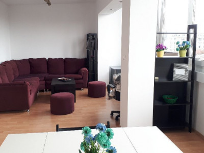 Apartament vizavi magazinul Unirea