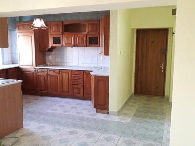 Apartament 4 camere pretabil ca spatiu birouri sau rezidential