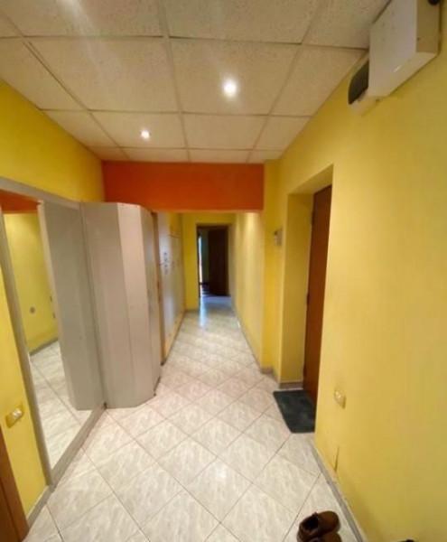 Apartament 4 camere in apropiere de metrou Timpuri Noi
