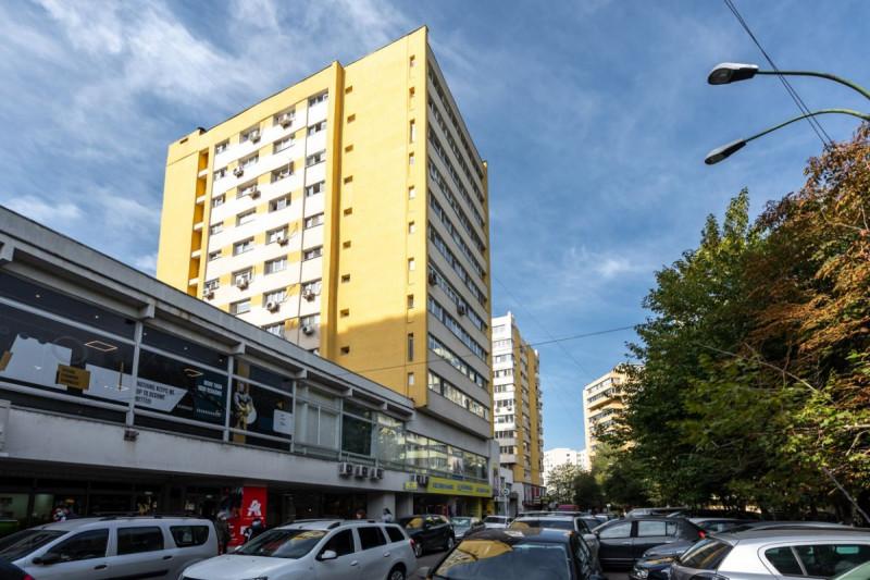 Apartament cu vedere frumoasa, Mall Veranda