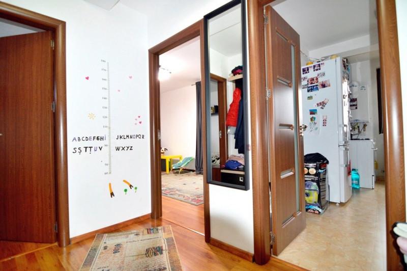 Metrou Pacii, 2016 decomandat, lift, 1000 €/MP util.