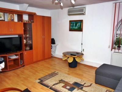 Apartament in vila, centrala proprie,  Tineretului, Parcul Carol.