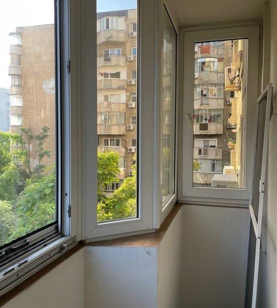 Mircea  Voda  adiacent bine compartimentat si cu centrala proprie