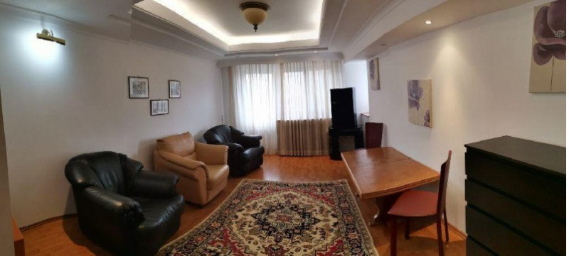 Apartament spatios cu vedere la Bulevardul Unirii