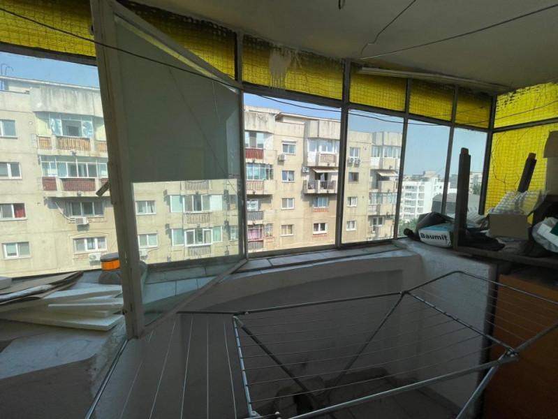 75mp, adiacent de Bulevardul Mircea Voda, posibilitate  montare centrala proprie