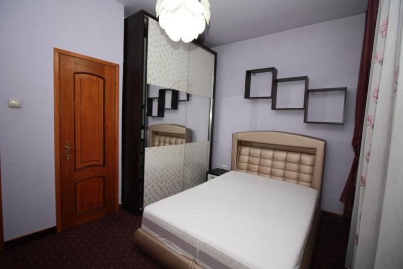 4 camere 120mp in vila  cu centrala proprie in apropiere de Univ. Hyperion