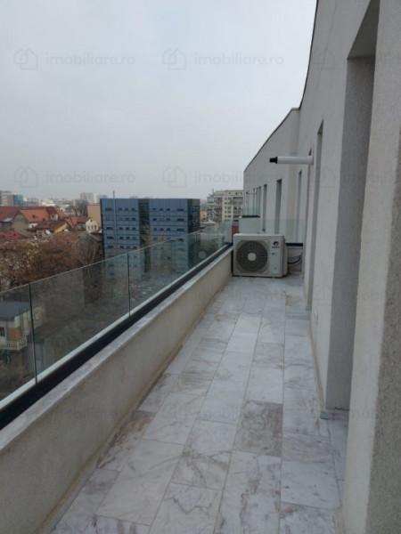 Apartament 4 camere in bloc nou cu loc de parcare pe Bulevardul Unirii